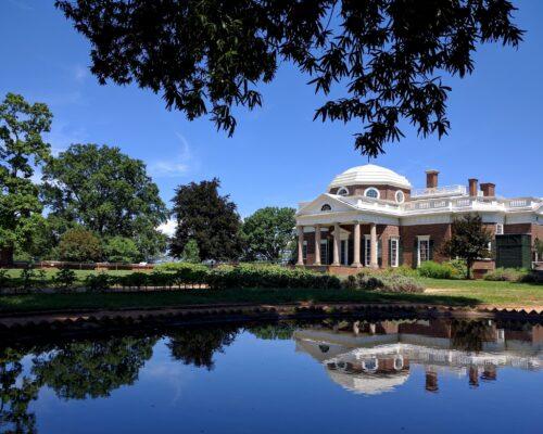 Jefferson's_Monticello_in_Charlottesville,_VA